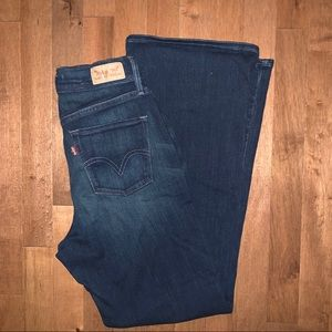 Levi's 512 perfectly slimming bootcut NWOT 6P